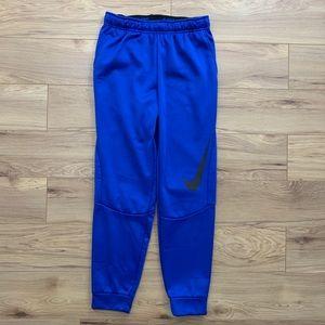 🔹Nike Essential Swoosh Sweatpants (Sz M)